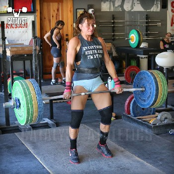 Jess clean pull - Olympic Weightlifting, strength, conditioning, fitness, nutrition - Catalyst Athletics