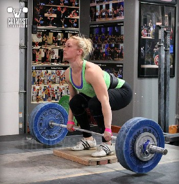 Chelsea clean deadlift on riser - Olympic Weightlifting, strength, conditioning, fitness, nutrition - Catalyst Athletics